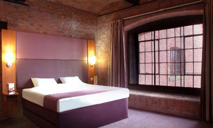 Premier Inns - Hotels - BAILEYGOMM